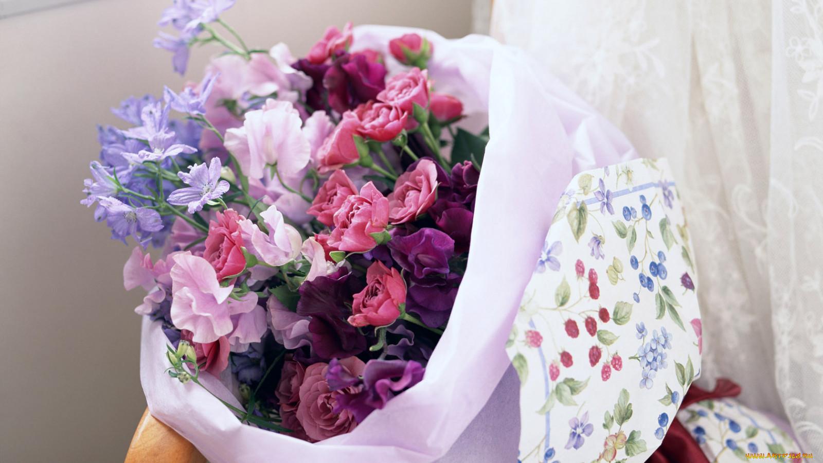 Цветы в подарок во сне